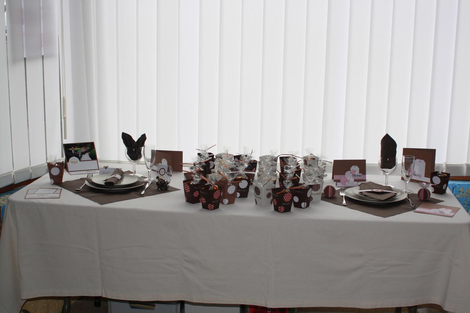 cours de d coration pont celles gosselies scrap cat objets d coratifs. Black Bedroom Furniture Sets. Home Design Ideas